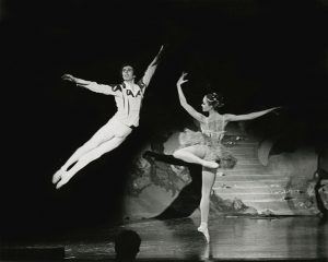 Sugar Plum Fairy and Cavalier pas de deux
